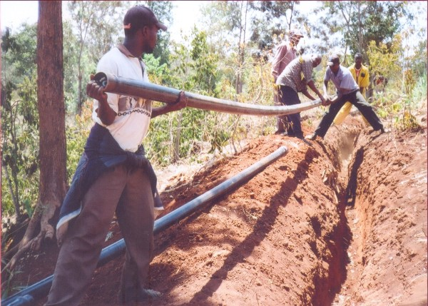 Laying Water Distribution Pipes