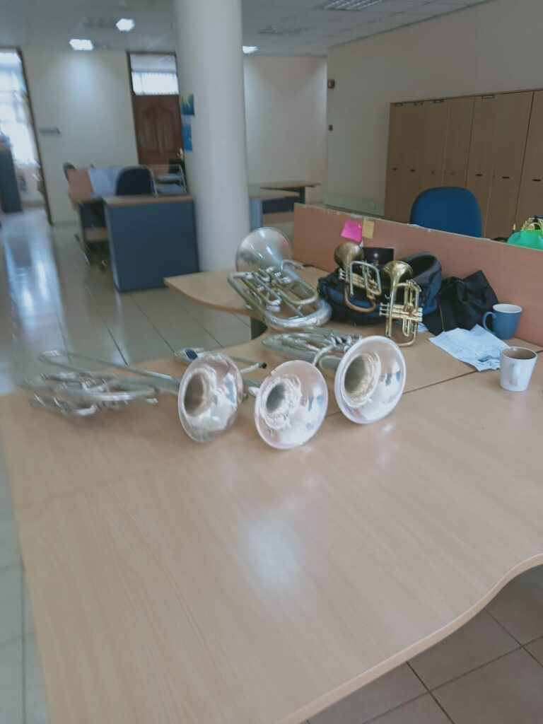 Makadare Corps instruments